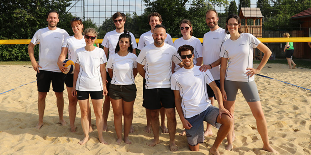 A team from Rentschler Biopharma lands at the 3rd beach volleyball company tournament on the podium