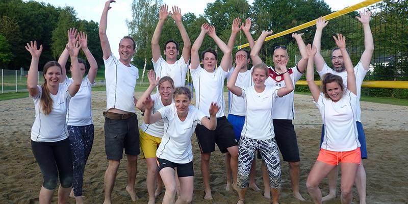 Rentschler-Teams beim Beachvolleyball-Turnier mit super Platzierungen